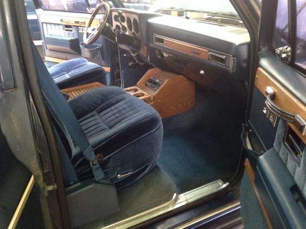 Chevy and GMC Suburban Travel Quest Conversion Packages