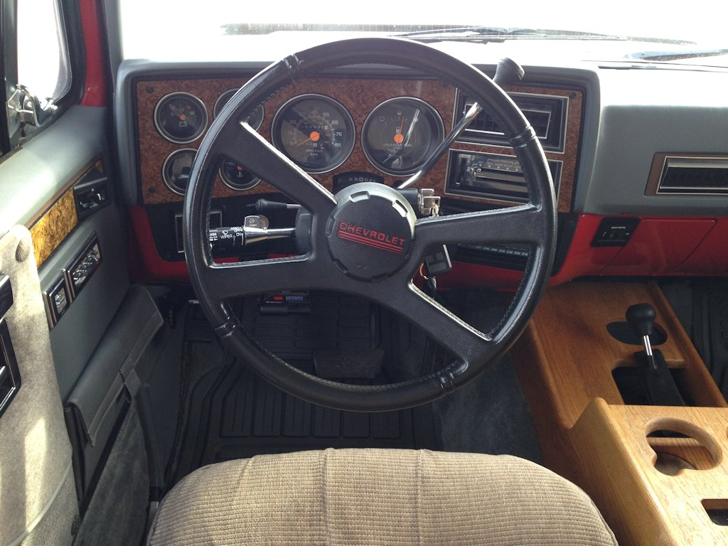1990 Chevy Suburban Gran Prix Dash And Instruments